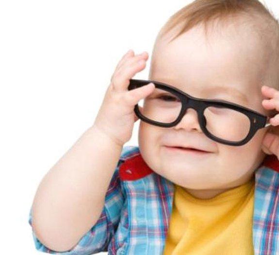 Cientistas desenvolvem lente especial que pode frear a miopia