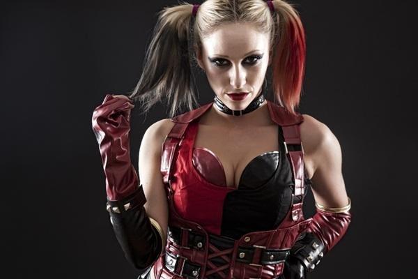 Fotos com incríveis cosplays de heróis e vilões