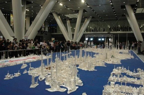 Crianças montam mapa do Japão com 1,8 milhão de peças de LEGO