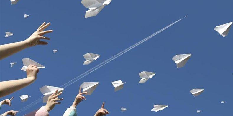 Muitas vezes Aprenda a fazer o melhor avião de papel do mundo - Mega Curioso WH18
