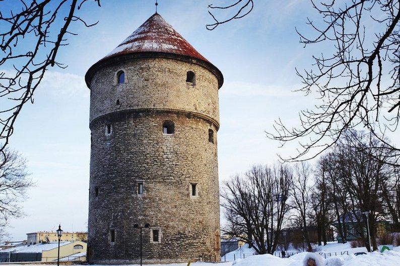 Antiga torre da cidade antiga