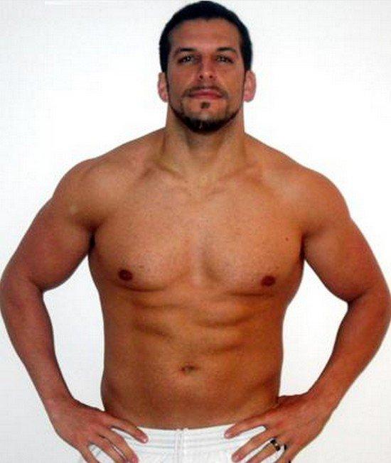 Conheça o personal trainer que ganhou 30 quilos para entender a obesidade