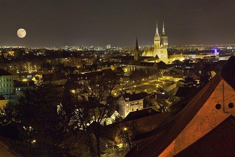 Zagreb à noite