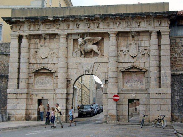 Porta Terra Ferma, Zadar