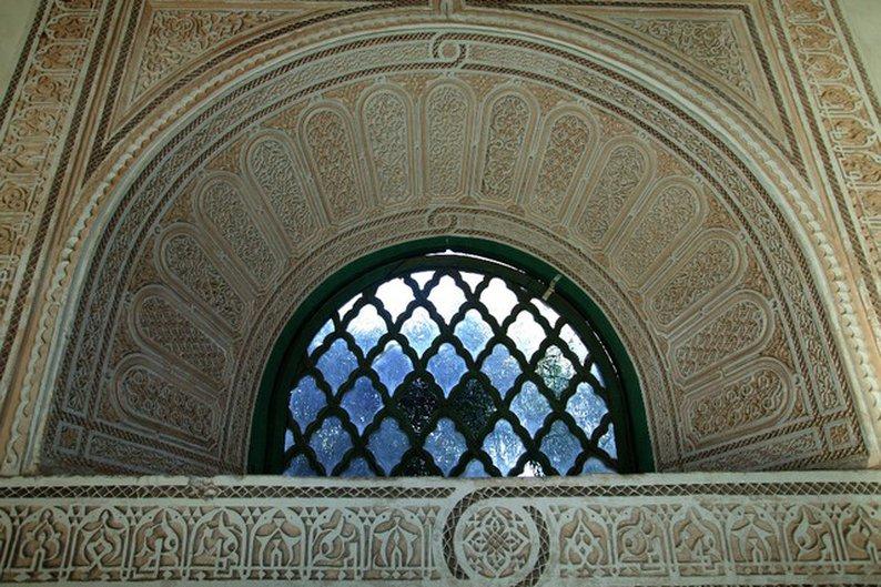 Outro detalhe no interior do Palácio El Bahia