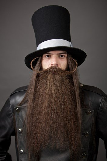 Campeonato reúne as barbas e bigodes mais extravagantes do mundo