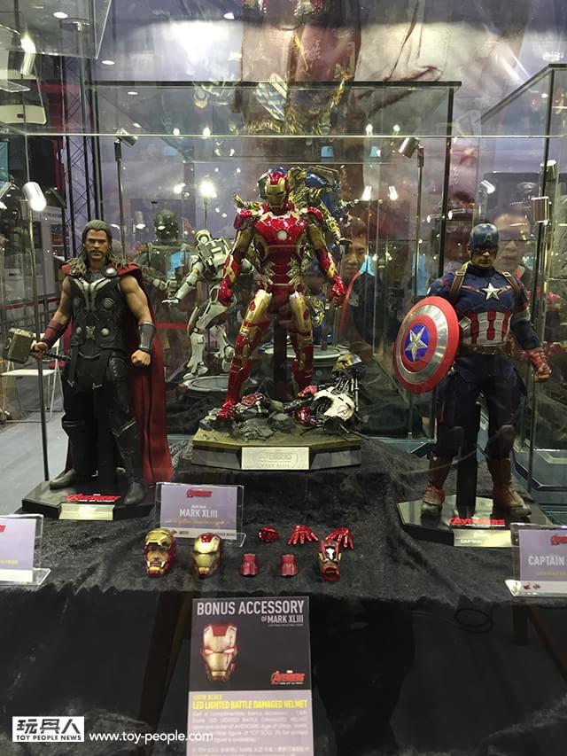 Brinquedos de Vingadores 2 revelam Homem de Ferro, Caça-Hulk e mais