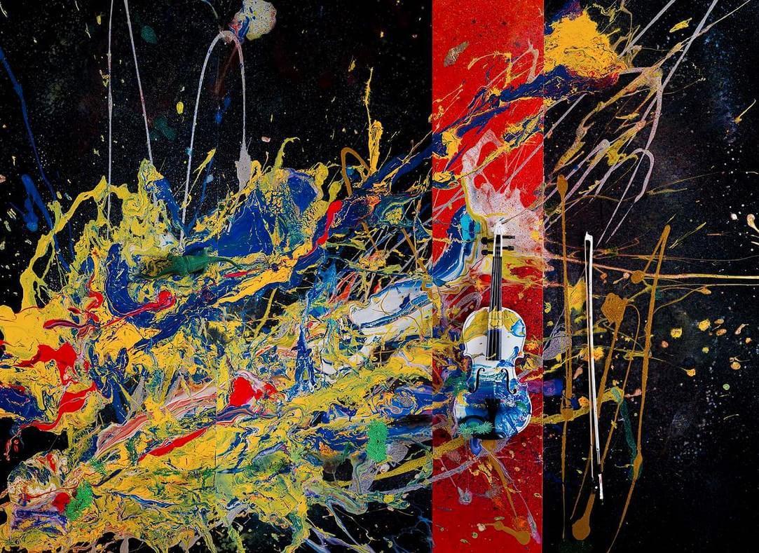 Impressionante: artista abstrata mais jovem do mundo possui somente 7 anos