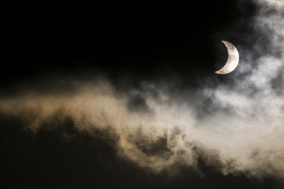 O dia em que o Sol apagou: veja como foi o eclipse de hoje (20) mundo afora