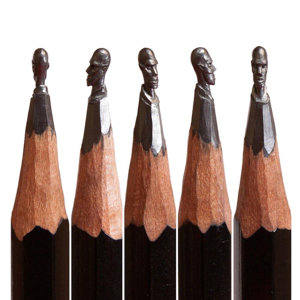 Artista russo cria esculturas detalhadas feitas na ponta de lápis comuns