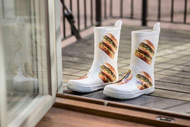 Acredite se quiser: o McDonald's lançou uma linha de roupas