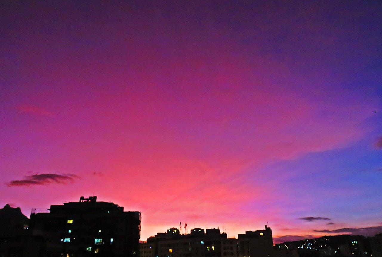 Entenda como a erupção vulcânica no Chile deixou o céu brasileiro roxo