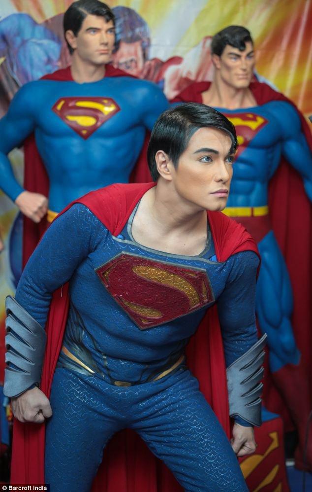 Super-Homem filipino é proibido de fazer cirurgias no abdômen – entenda