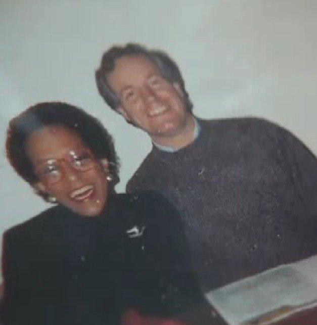 À direita, Duane Schrock Jr.