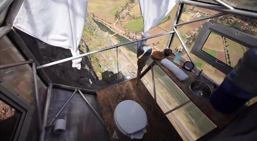 Que tal dormir em uma cápsula transparente a 122 metros de altura? [vídeo]