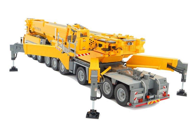 LEGO para adultos: grua móvel de 18 rodas e 11 motores é impressionante