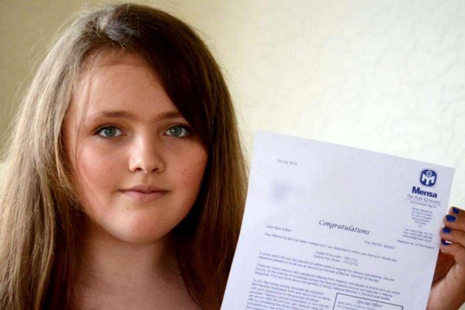 Super QI: menina de 12 anos 'gabarita' teste de inteligência - Mega Curioso