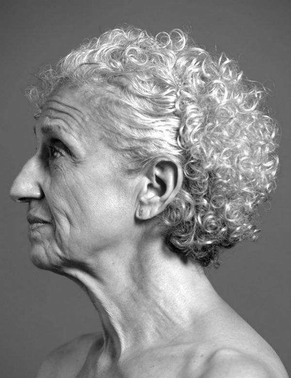 Fotógrafo repensa padrões de beleza em livro com modelos reais