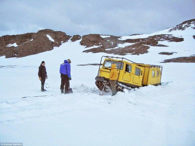 Atolado no gelo da Antártida