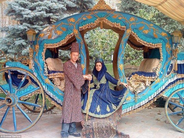 Fazendo pose no Irã