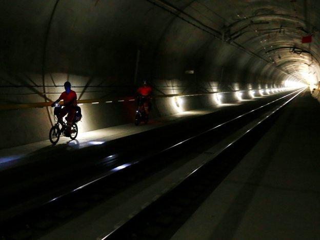 Conheça o maior túnel do mundo, que será inaugurado na Suíça no ano que vem