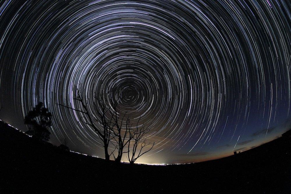 Finalista na categoriaYoung Astronomy Photographer of the Year - Celestial Drift por Scott Carnie-Bronca (Australia, 13 anos)