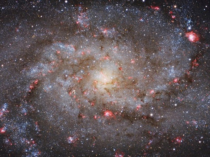 Vencedor na categoria Galaxies - M33 Core por Michael van Doorn (Holanda)