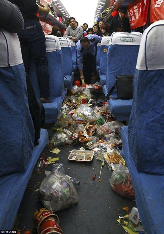 Inacreditável: veja como é a triste realidade do lixo urbano na China