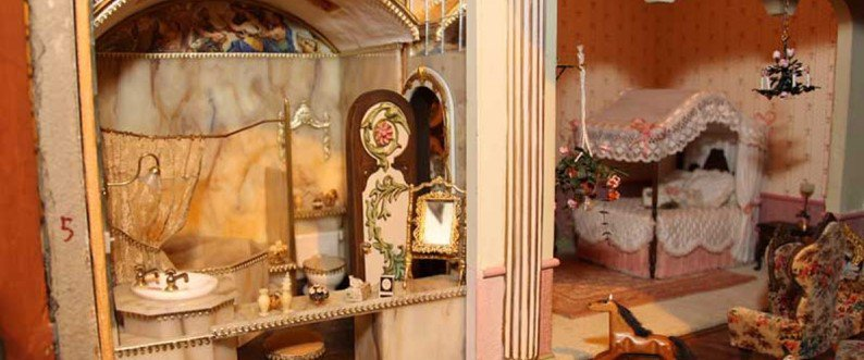 Astrolat Dollhouse Castle