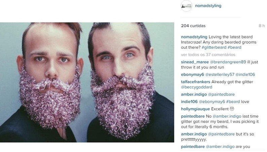 Clima de Natal: homens cobrem suas barbas com glitter e brilham na internet