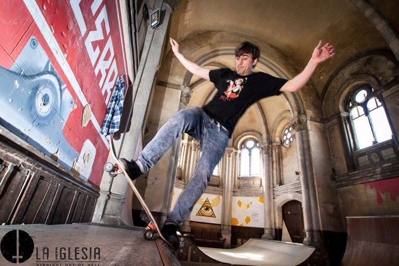 Confira a igreja centenária que virou uma incrível pista de skate