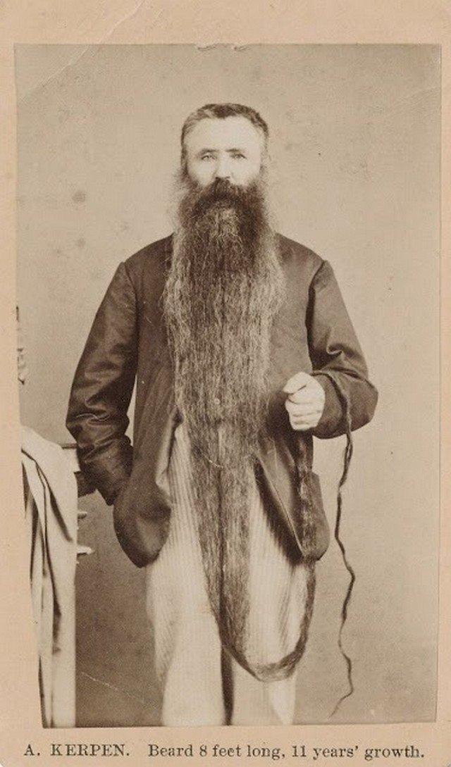 Confira fotos antigas de homens com barbas insanamente longas [galeria]