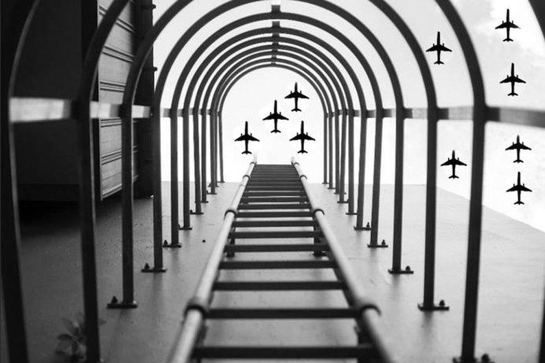 Yu Wei tirou a foto das escadas e não esperava registrar um exército de aviões