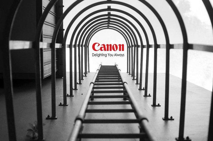 Yu Wei tirou a foto das escadas e não esperava registrar o logotipo da Canon voando por aí