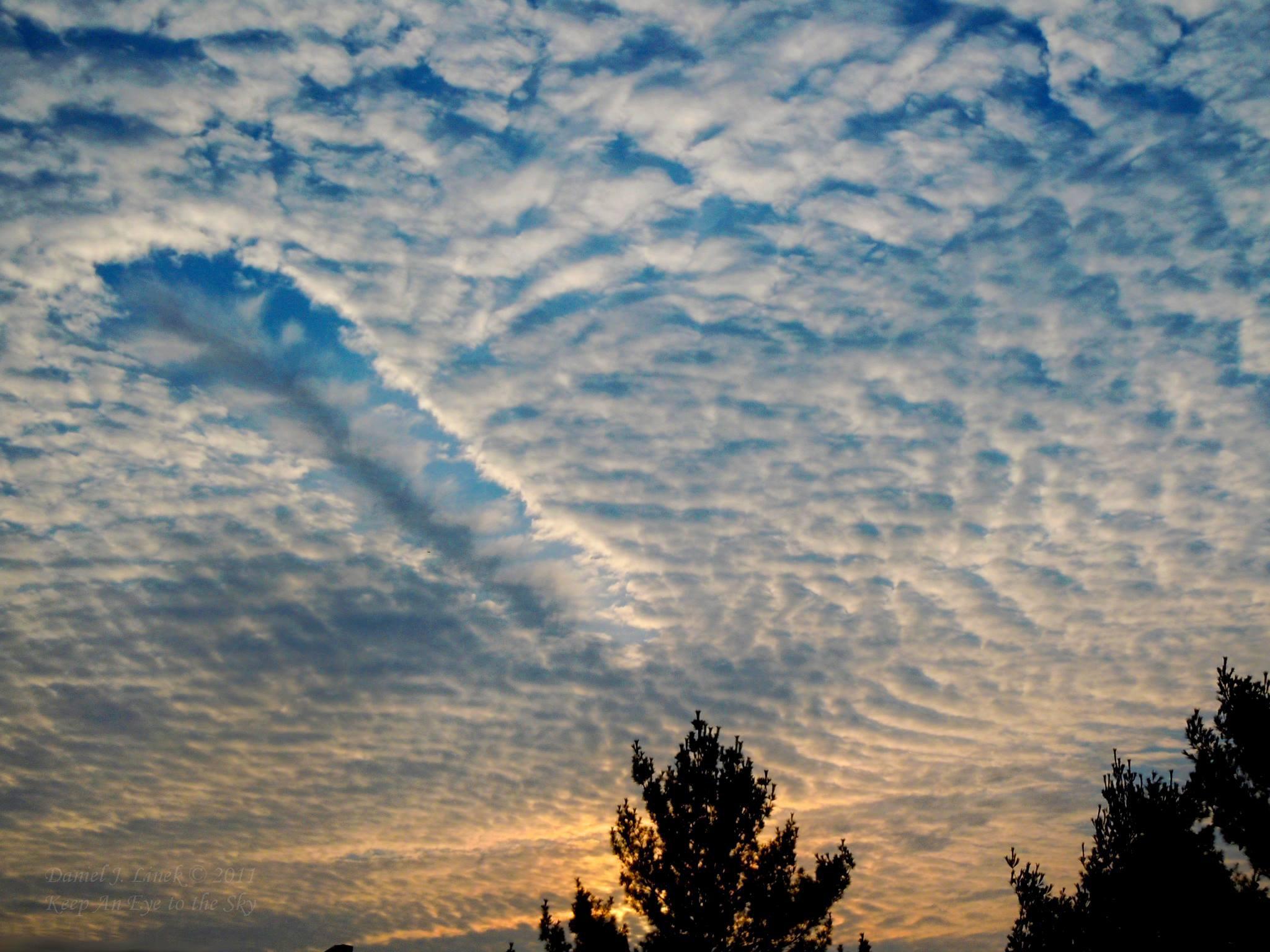 Famosos 11 formatos muito loucos de nuvens que habitam os céus - Mega Curioso QM76