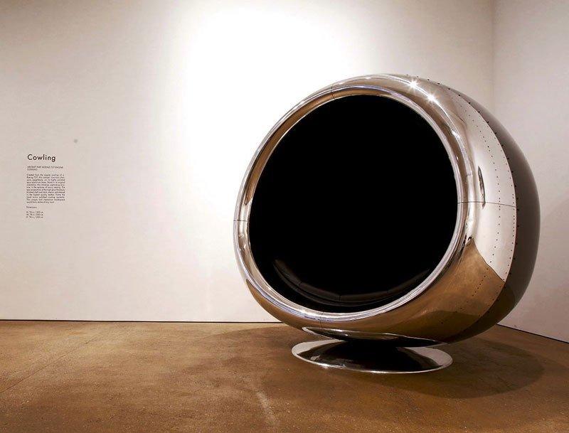 Poltrona feita utilizando a carcaça da turbina de um Boeing 737