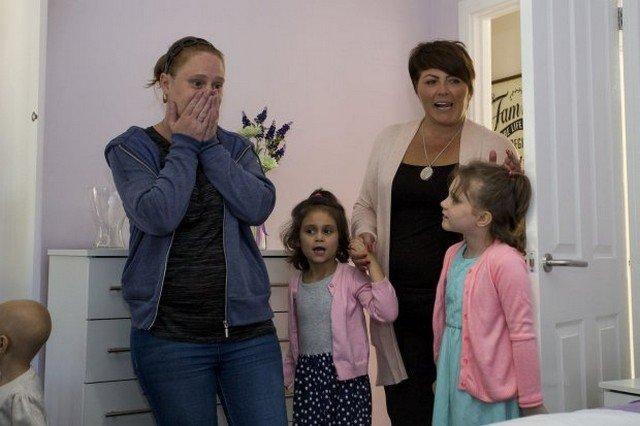 Após tratar câncer nos EUA, família volta para casa e tem uma bela surpresa