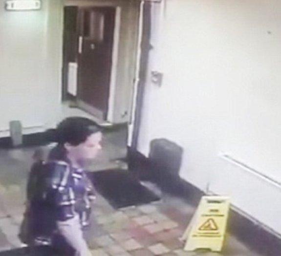 Câmera de segurança registra suposta ação de fantasmas em bar inglês