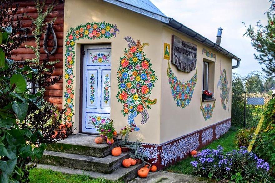 Este vilarejo polonês parece ter saído de um conto de fadas