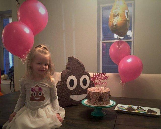 """Veja como foi a festa de aniversário desta garota – o tema era """"cocô"""""""