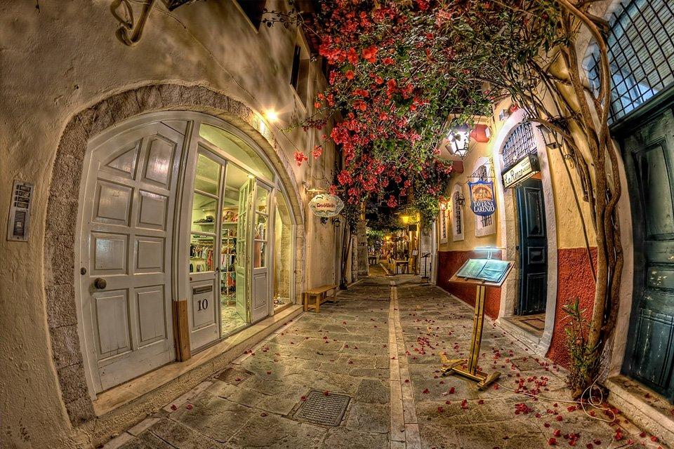 Flores por todos os lados: veja 15 das ruas mais belas do mundo - Mega Curioso