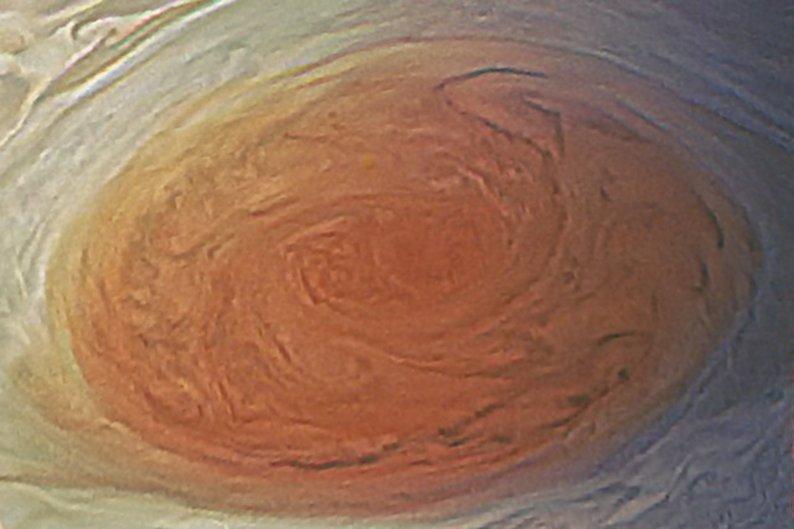 (NASA / SwRI / MSSS / Val Thomas Abapo © PUBLIC DOMAIN)