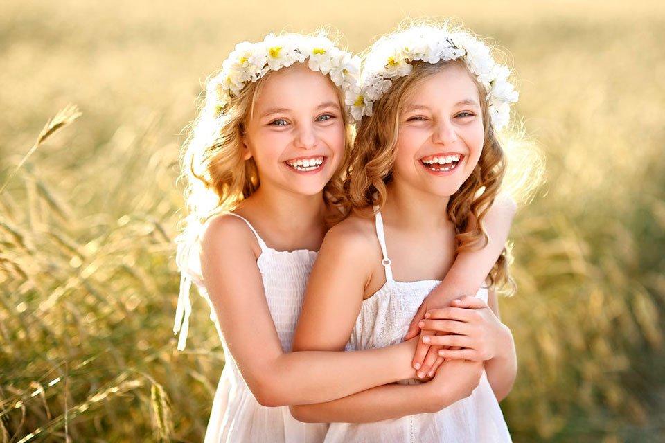 15 curiosidades sobre irmãos gêmeos que você nem imaginava - Mega Curioso