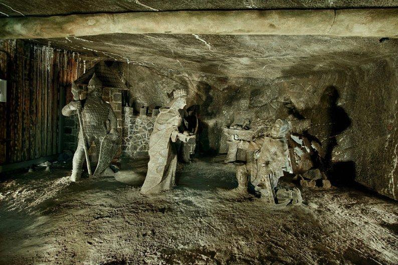 (Wieliczka Salt Mine)