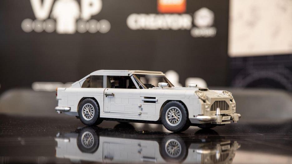 Clássico! Abram alas para o LEGO Aston Martin DB5 do James Bond