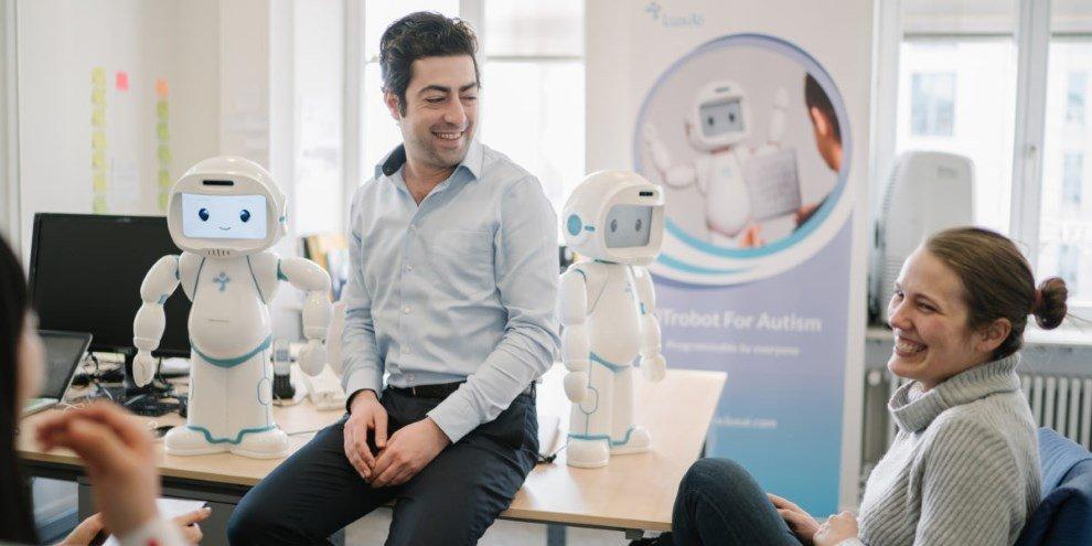 Conheça o robozinho que ajuda crianças com autismo