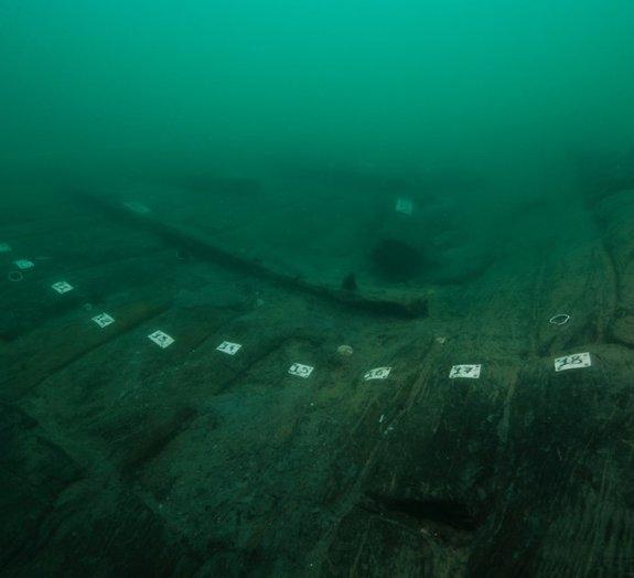 Barco igual ao descrito por Heródoto a 2,5 mil anos é descoberto no Egito