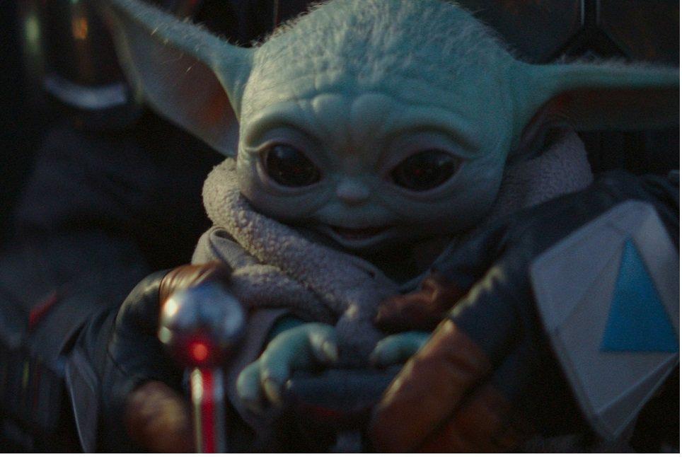 Conheça o boneco Baby Yoda em tamanho real da Hot Toys
