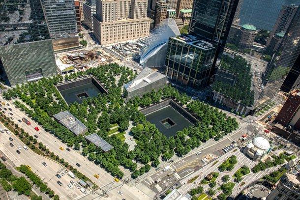Memorial ao 11 de setembro em Wall Street. (Fonte: Wikimedia Commons)