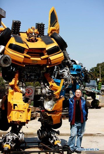Malucos por Transformers criam parque temático na China